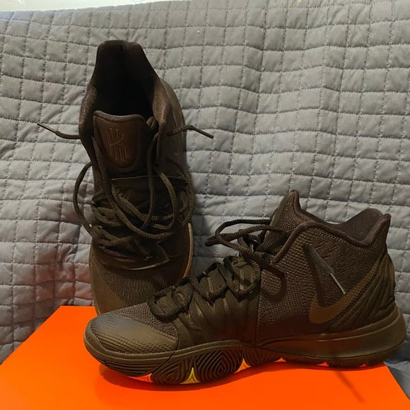 Nike Shoes | Kyrie 5 Mens Size 8 | Poshmark